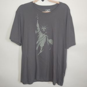 Under Armour Loose charged shirt.heat gear.xl